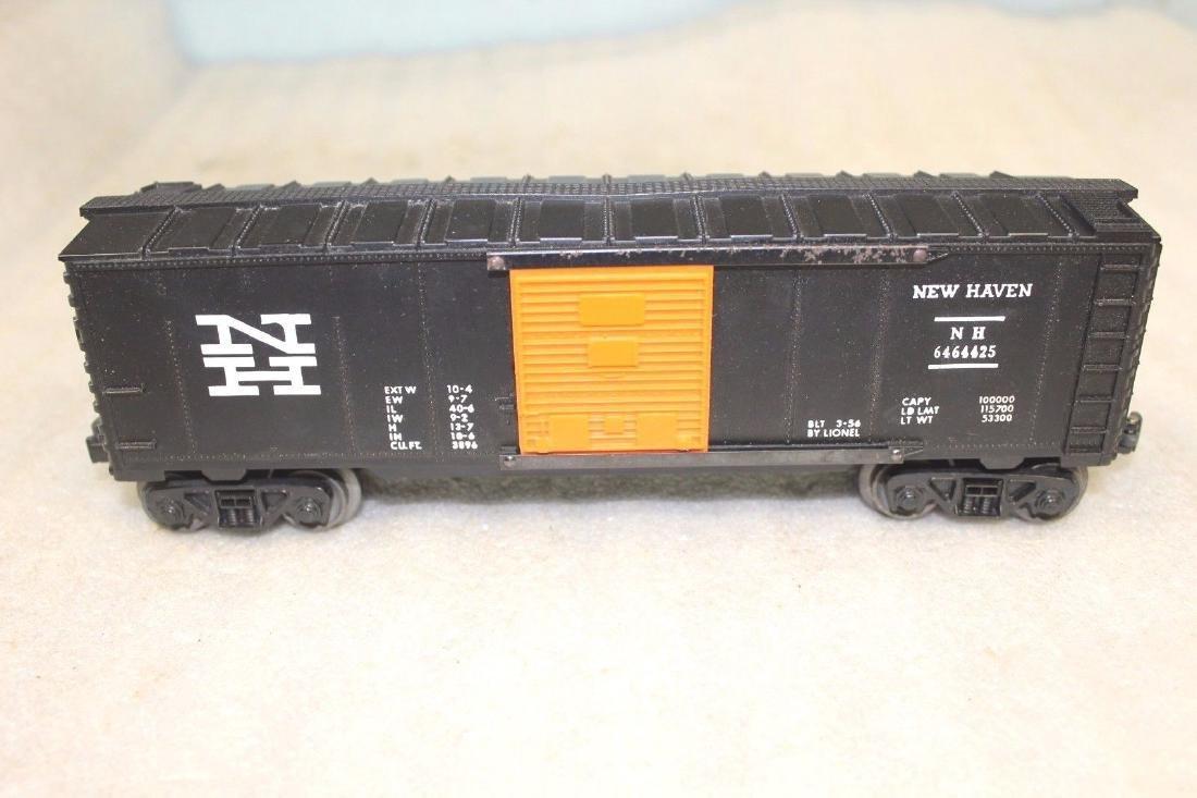 Lionel Postwar 6464-425 NH New Haven Black Boxcar - 2