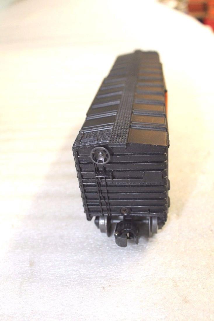 Lionel Postwar 6464-425 NH New Haven Black Boxcar - 5