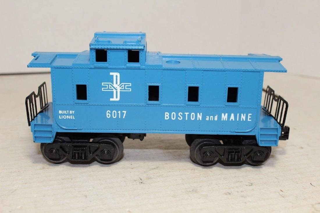 Lionel Postwar 6017-100 B&M Boston & Maine Caboose