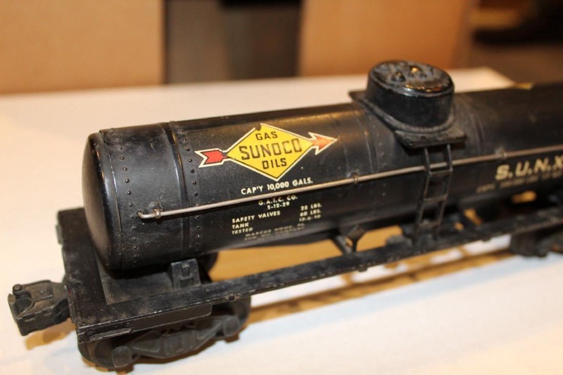 Lionel Postwar 2855 Black Sunoco Tank Car - 7