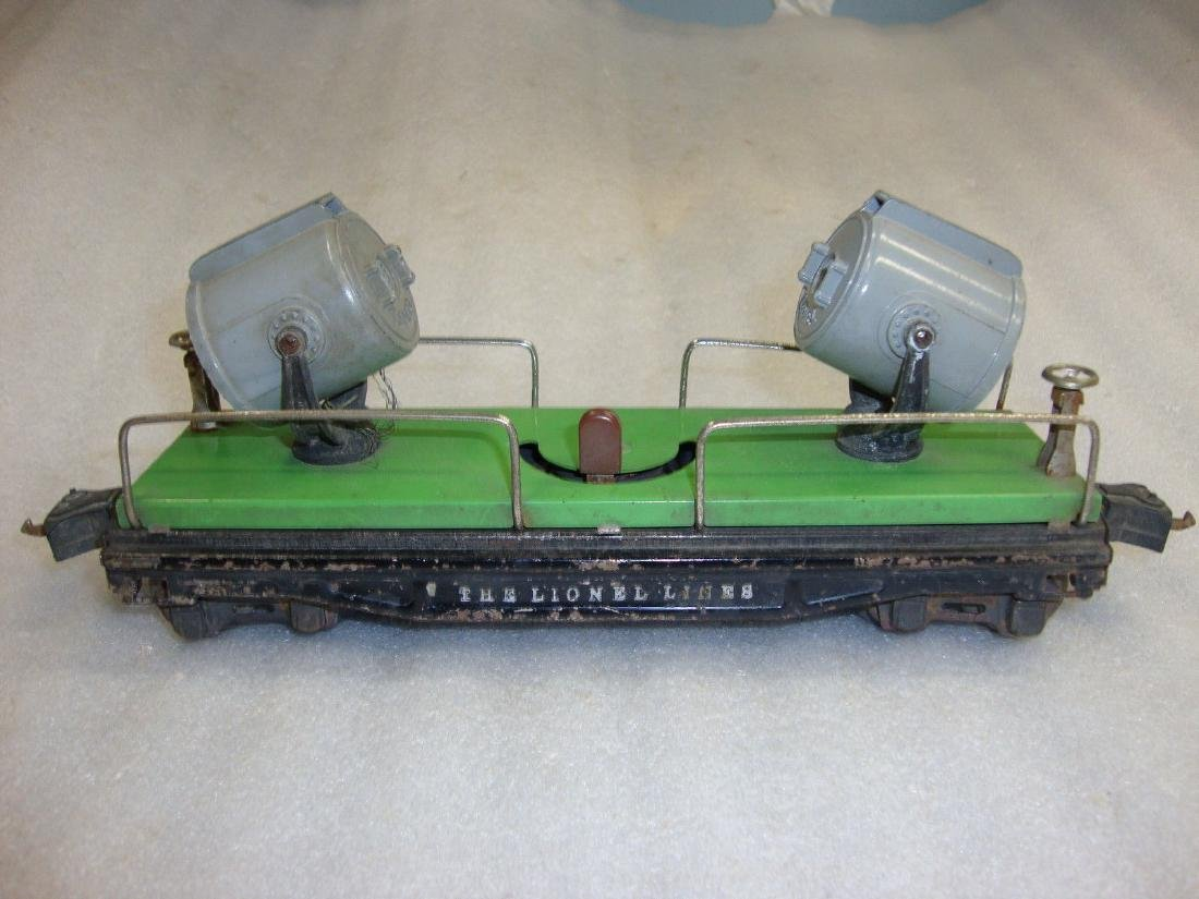 "Lionel Prewar ""O"" 820 Green Searchlight Car Die-Cast"