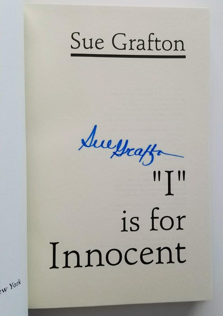 SIGNED - I is for Innocent. Sue Grafton. - 2