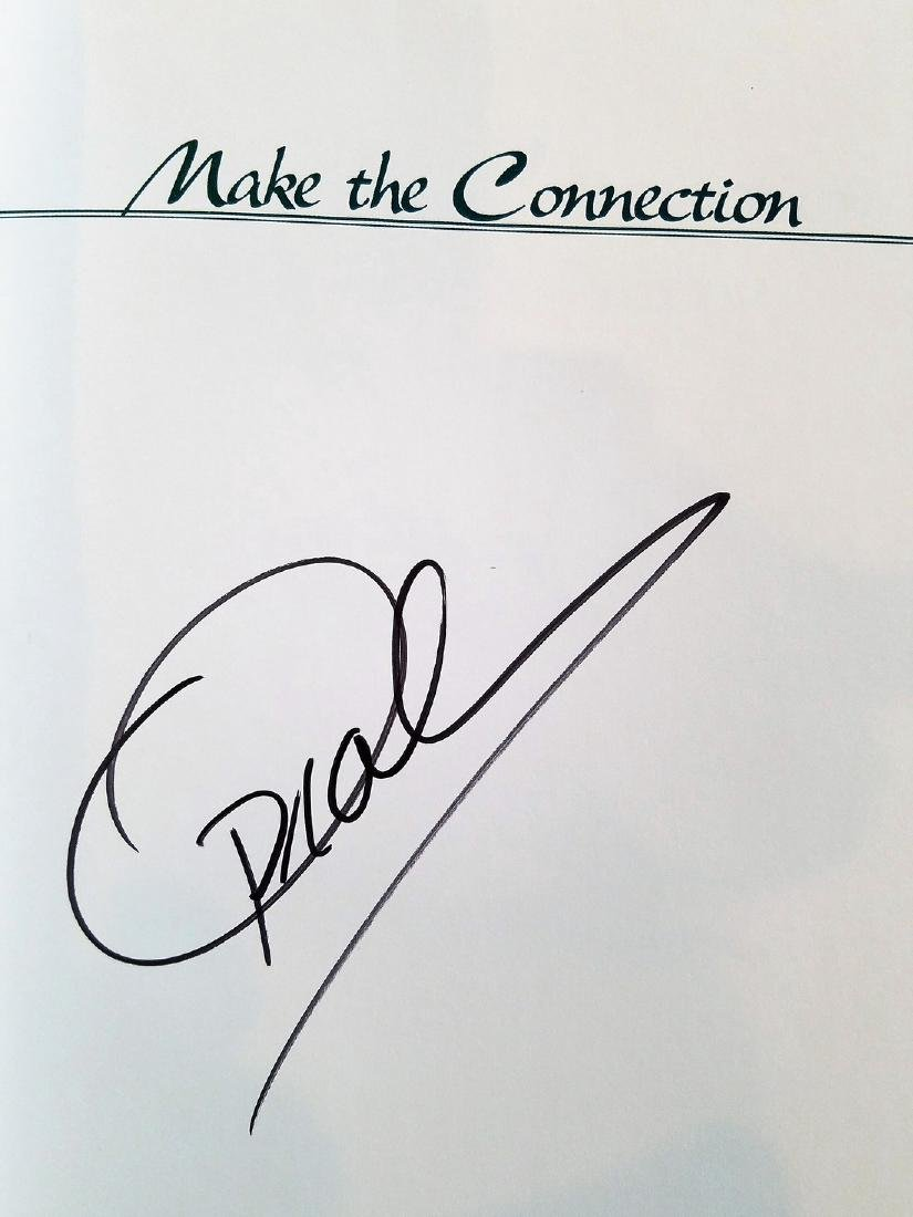 SIGNED - Oprah Winfrey, Make the Connection 10 Steps - 2