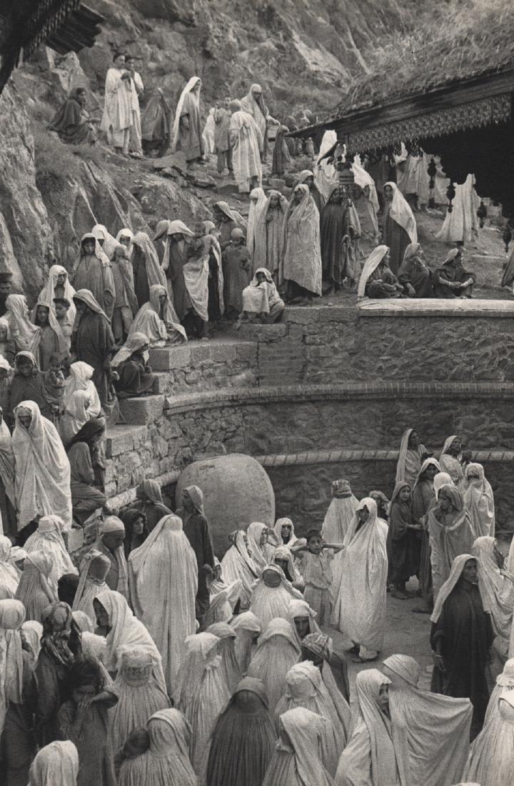 HENRI CARTIER-BRESSON - Srinagar, Kashmir, 1948