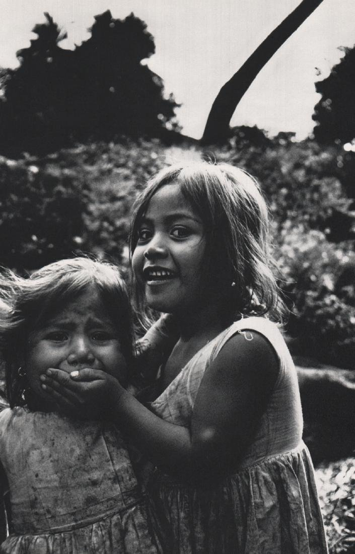 MARY ELLEN MARK  - Young Girls