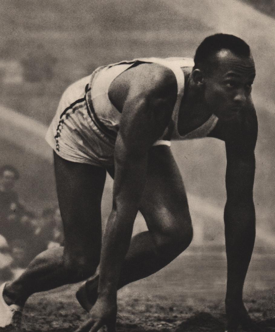 LENI RIEFENSTAHL - Jesse Owens