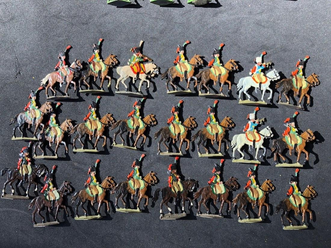 Heinrichsen Flat Tin Figures Napoleonic Chasseurs 30mm
