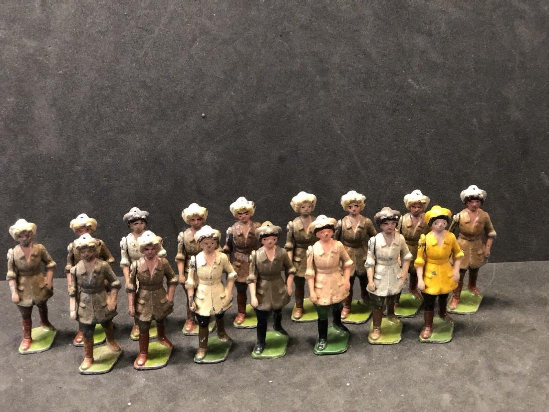 Britains From Set 535 Land Girls Various Colors Pre War