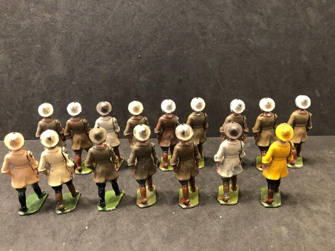 Britains From Set 535 Land Girls Various Colors Pre War - 7