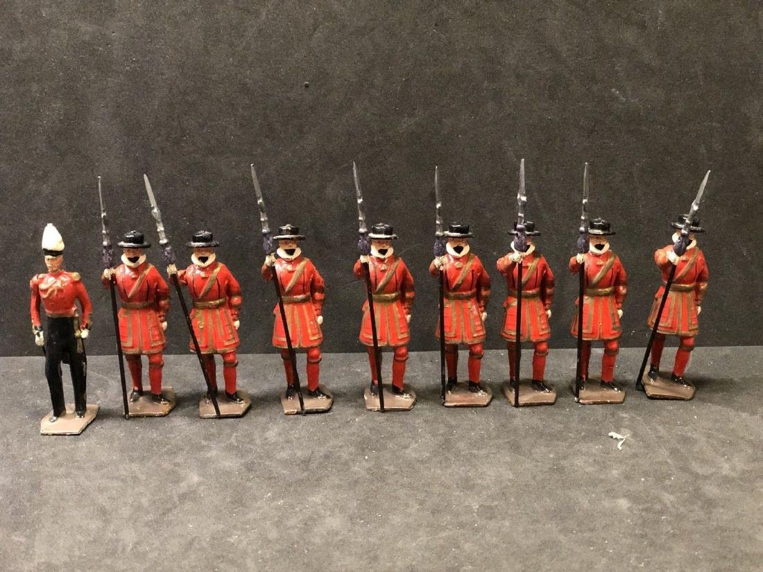 Britains From Set 1257 Yeoman Of The Guard. Post War.