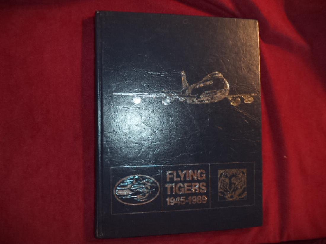 Flying Tigers. 1945-1989. (anon).