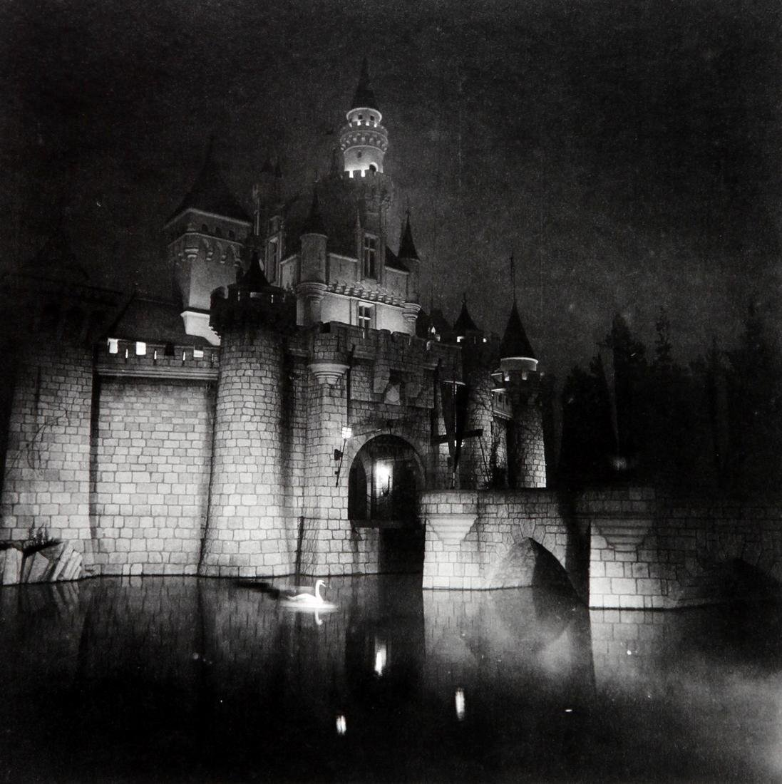 DIANE ARBUS - A castle in Disneyland California 1964
