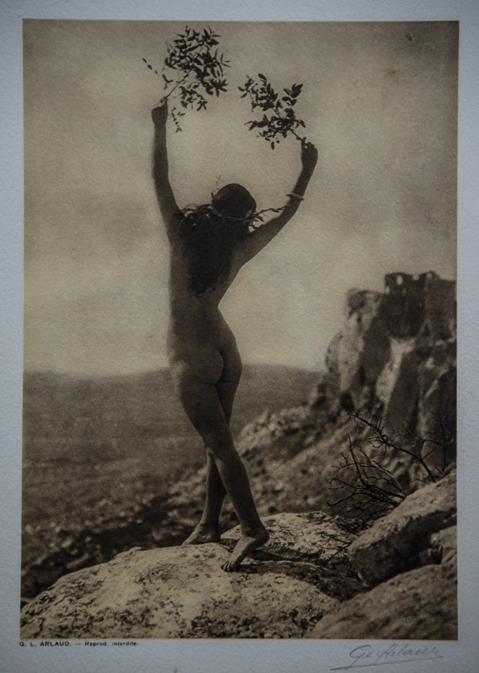 G.L. ARLAUD - Pax, Les Baux, signed