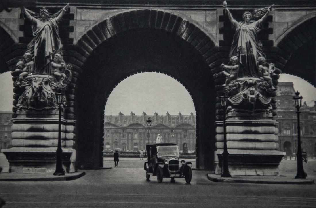 MARIO BUCOVICH - Louvre, Port du Carrousel, Paris