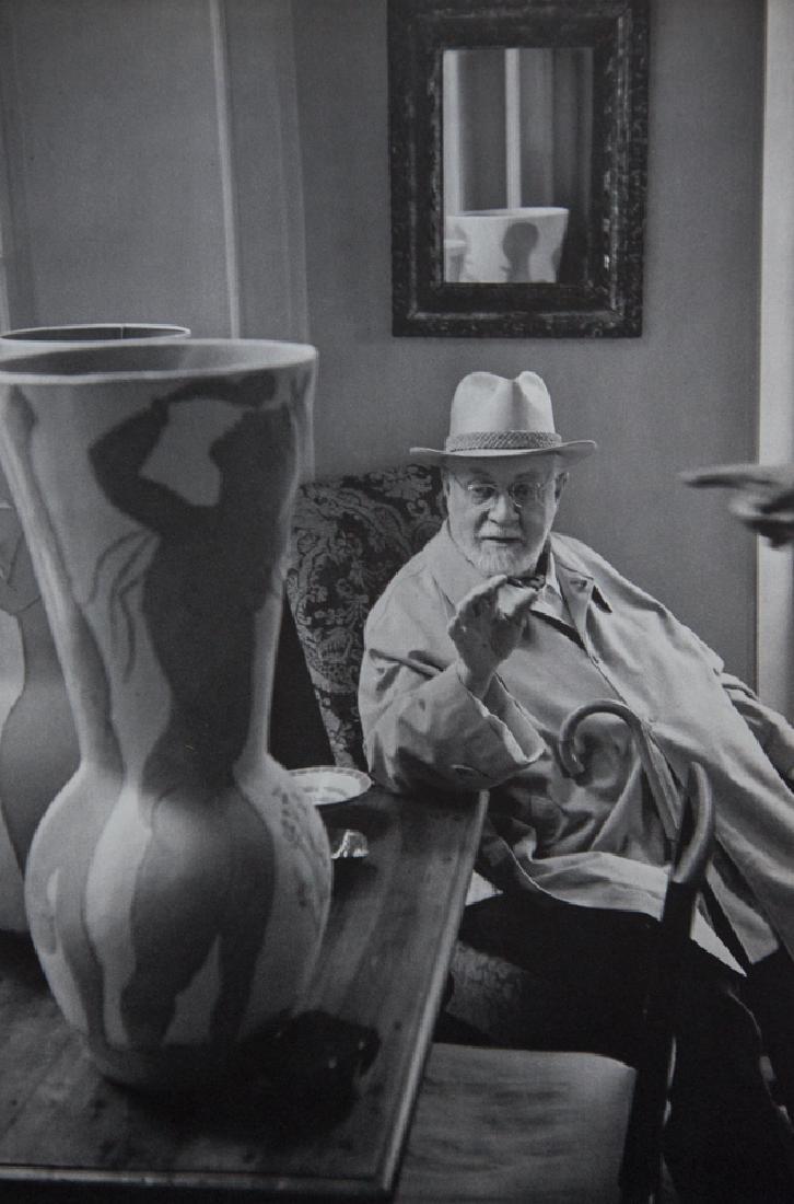 HENRI CARTIER-BRESSON - Henri Matisse with Picasso Vase