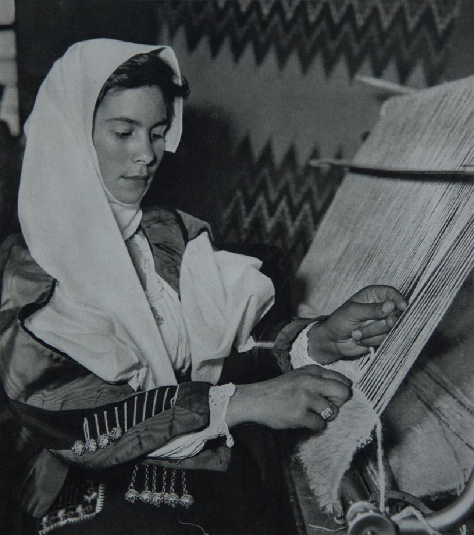 MARTIN HURLIMANN - Serbian Weaver