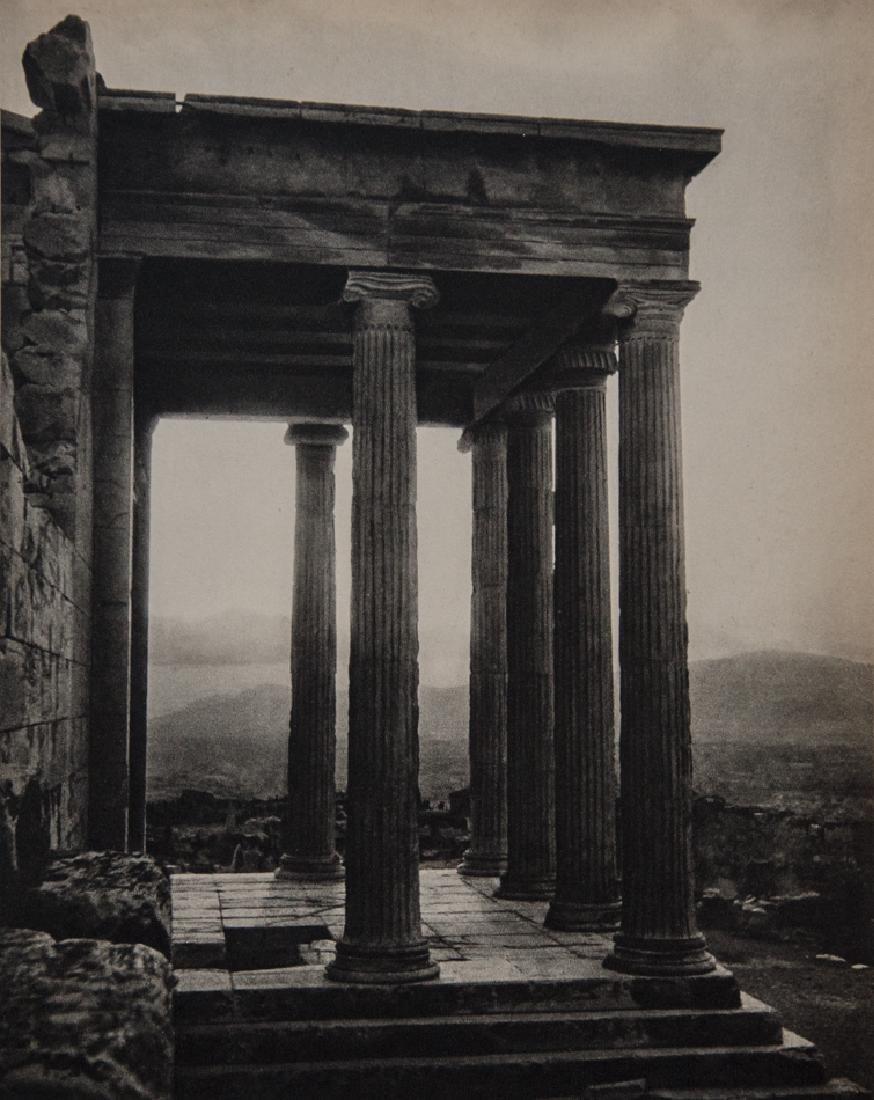 Y. SAUVAGEOT - Ancient Columns