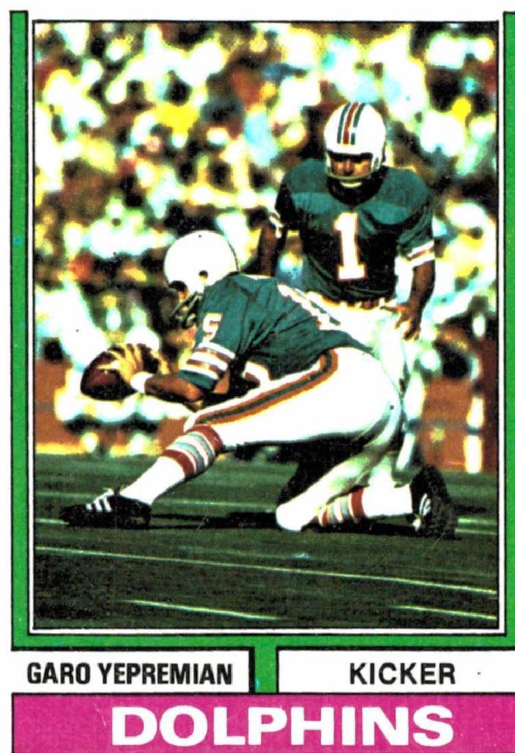 1974 Topps Garo Yepremian Miami Dolphins