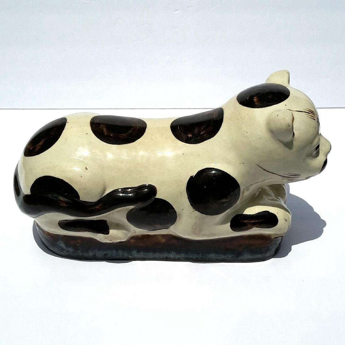 19th Century Chinese Porcelain Cat Form Pillow - 2