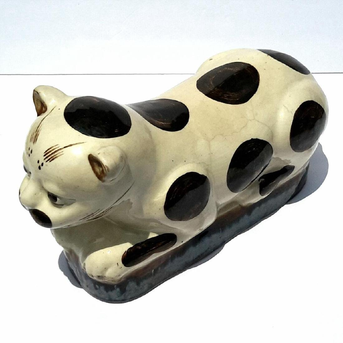 19th Century Chinese Porcelain Cat Form Pillow - 4