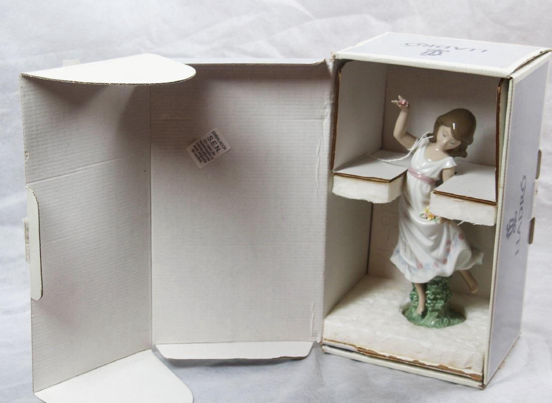 "LLadro #6580 - ""Garden Dance"" Glazed with box. - 2"