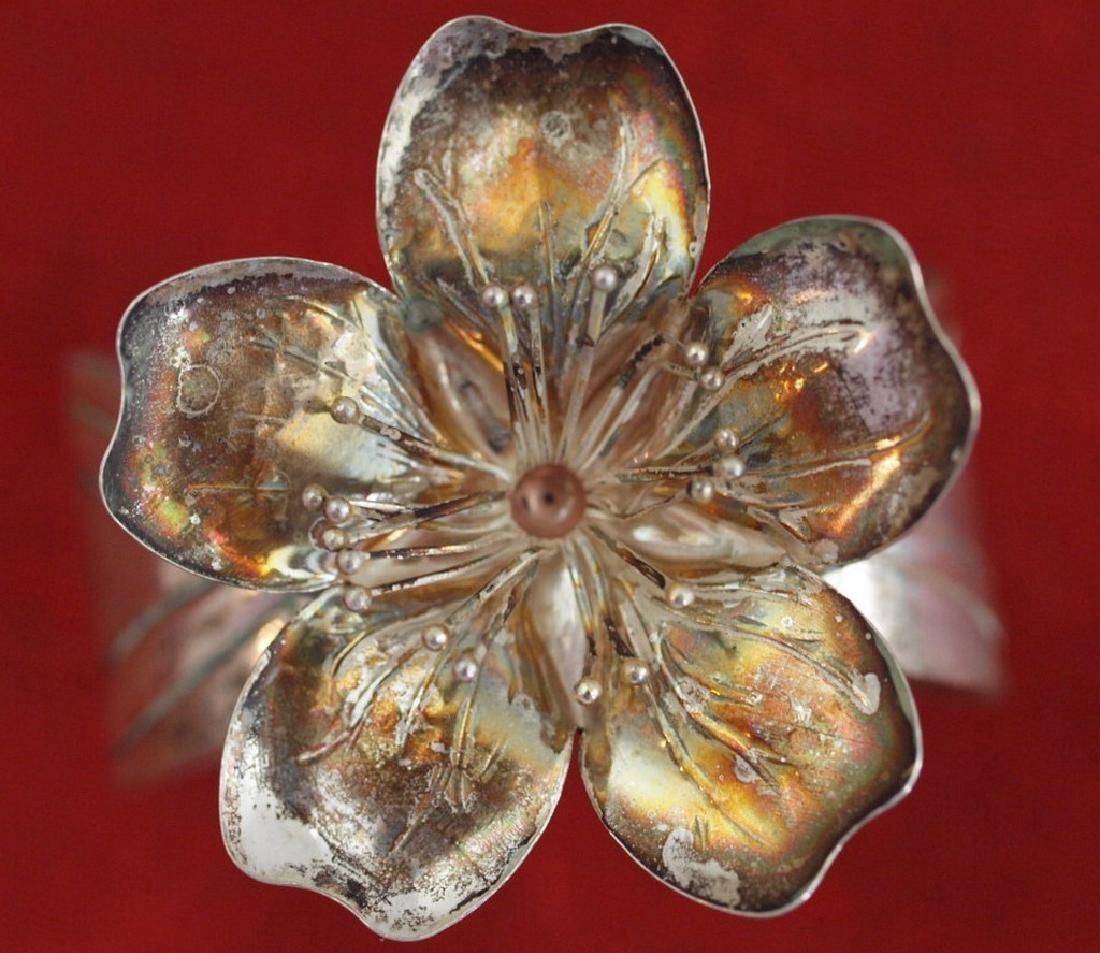 Vintage napkin holder with flower in silver 800 - 2