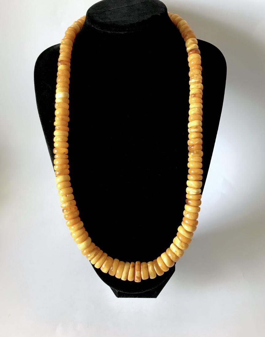 Old Baltic amber 132 gr necklace of doughnuts in