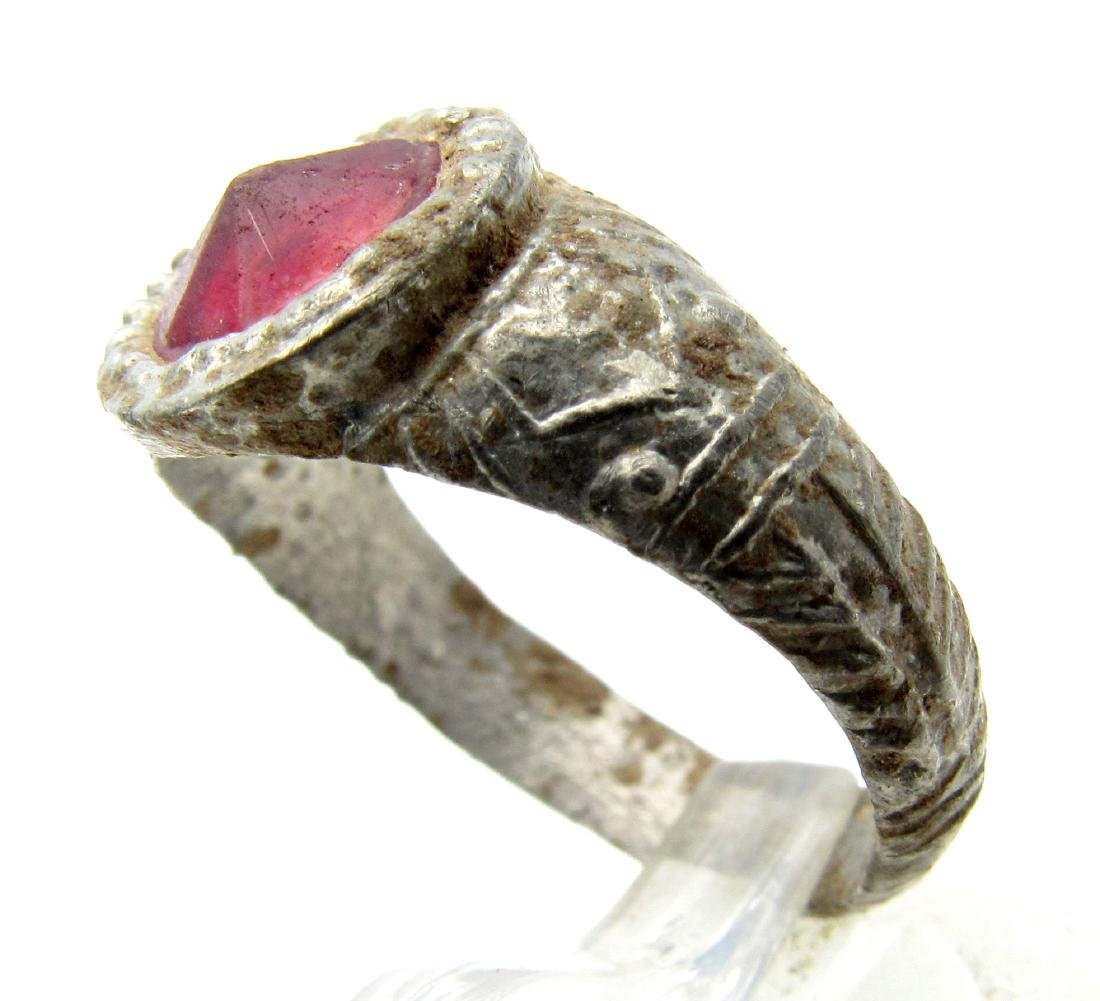 Late Medieval Tudor Pewter Ring with Red Stone - 2