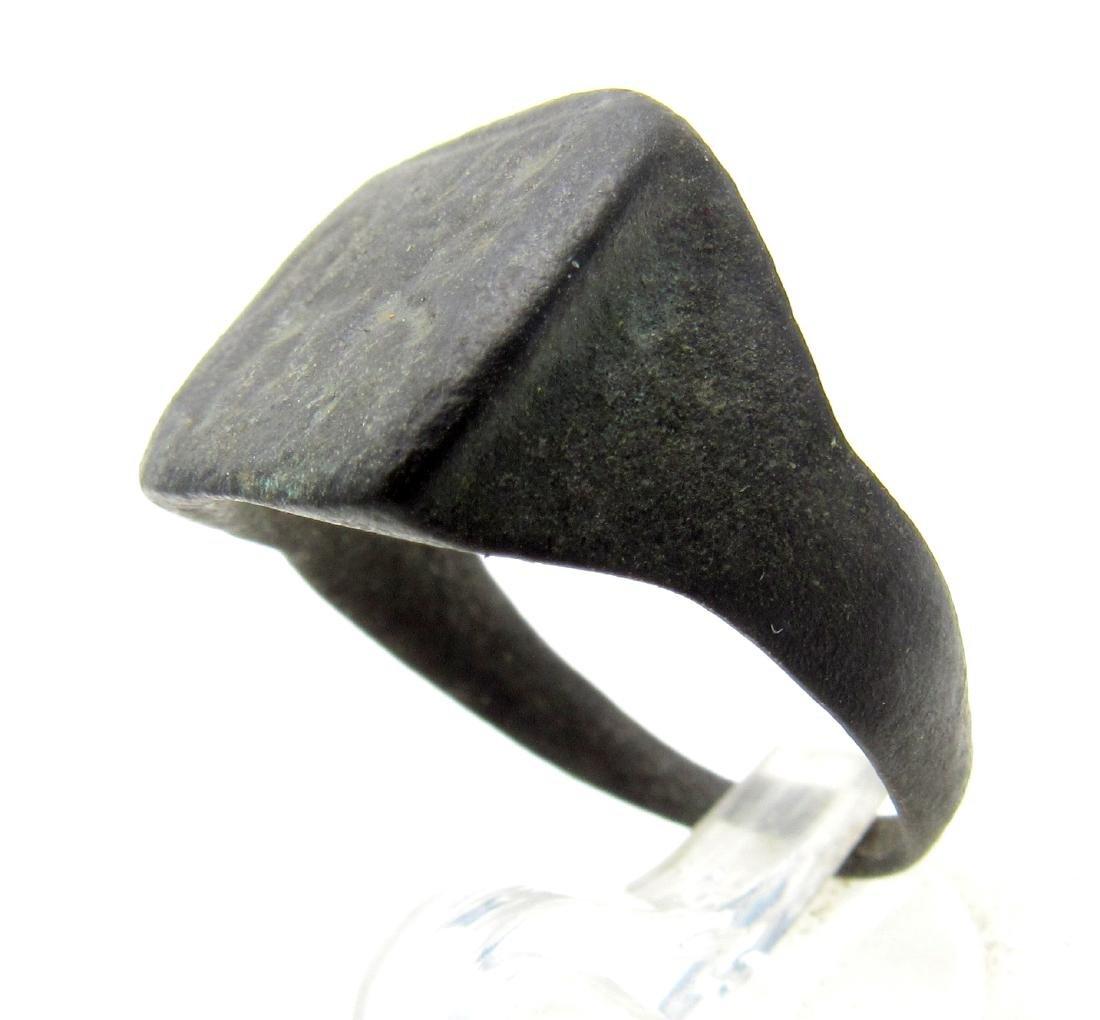 Ancient Roman Ring with Centaur on Bezel - 3