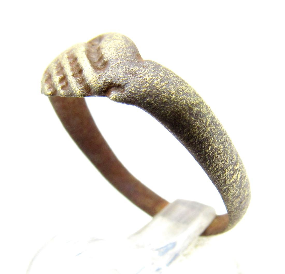 Late Medieval Bronze Ring with Clasped Hands - 2