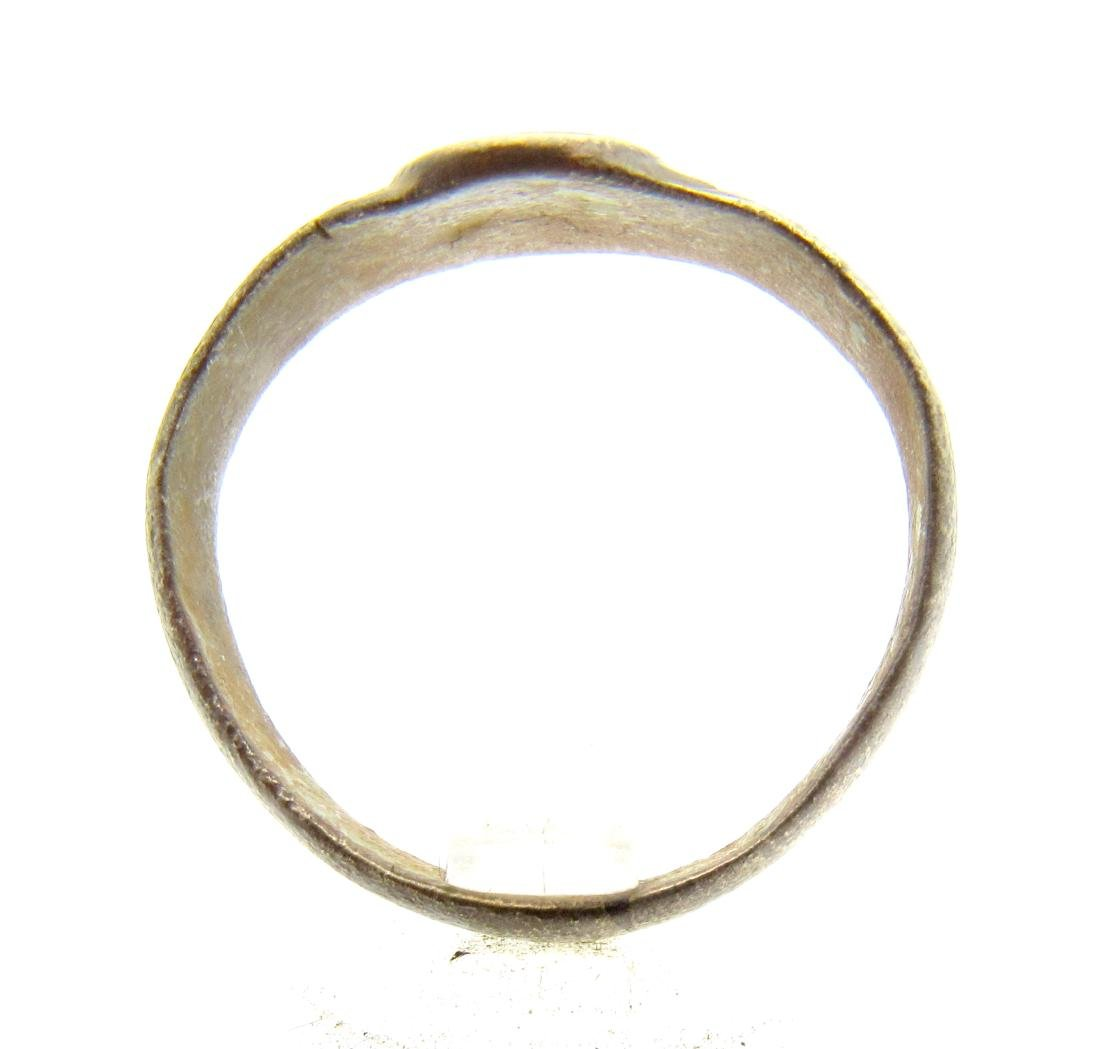 Late Medieval Tudor Decorated Bronze Ring - 3