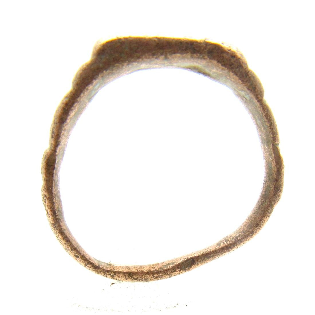 Ancient Roman Bronze Ring with Star on Bezel - 3