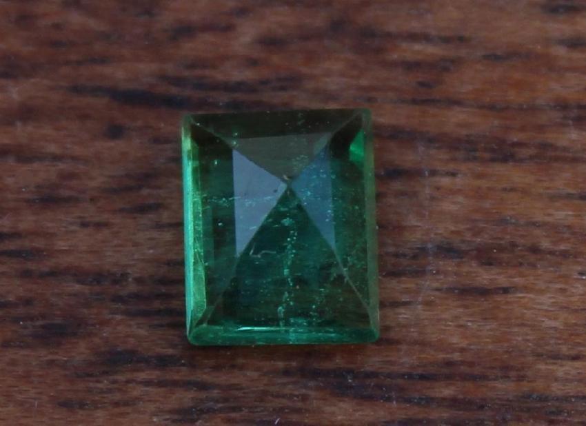 0.43 Carat Loose Emerald - 3