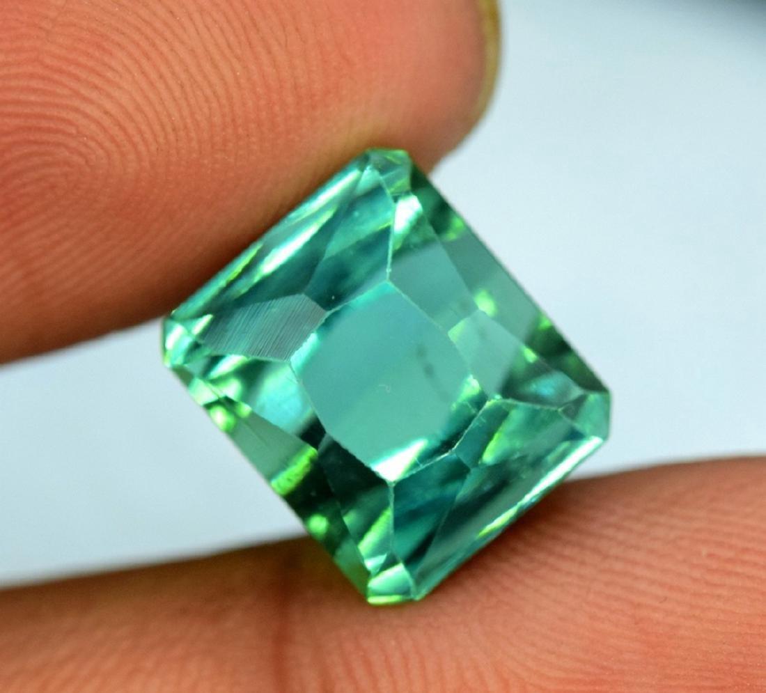 10.95 Carat Flawless Green Kunzite Loose Gemstone - 2