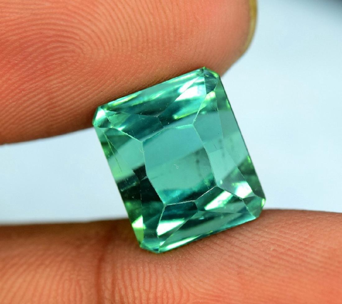 10.95 Carat Flawless Green Kunzite Loose Gemstone - 3