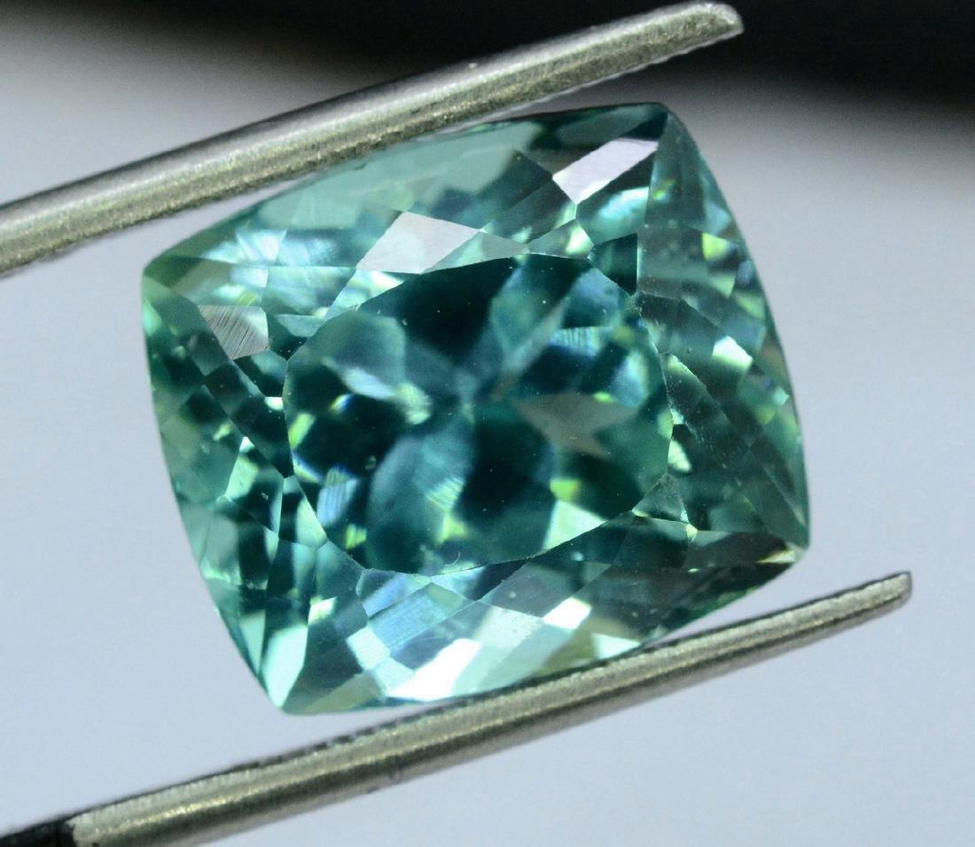 10.95 Carat Flawless Green Kunzite Loose Gemstone - 8