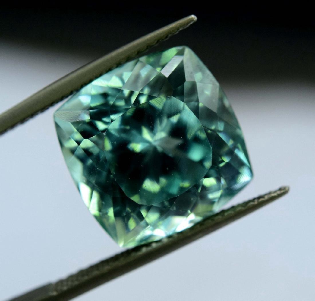 12.55 Carat Flawless Green Kunzite Loose Gemstone - 3