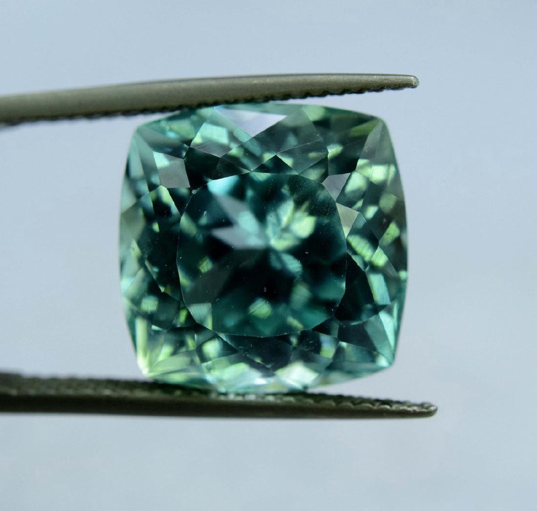 12.55 Carat Flawless Green Kunzite Loose Gemstone - 5