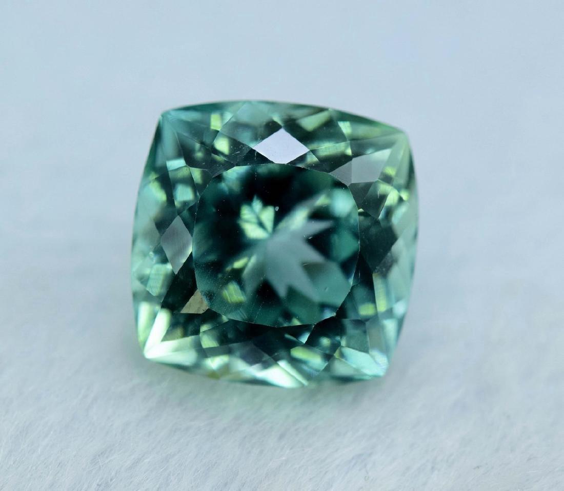 12.55 Carat Flawless Green Kunzite Loose Gemstone - 7