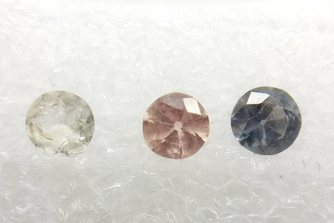 Triple of 3 Sapphire Mixed color 1.03 ct