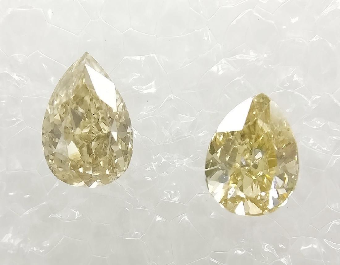 Couple of 2 Pear cut diamonds total 0.36 ct