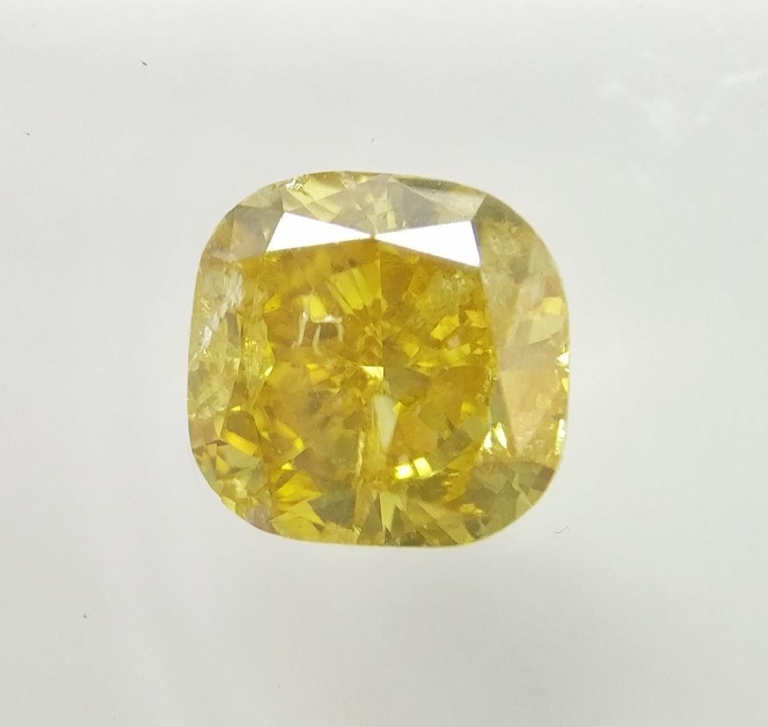 0.62 ct Cushion cut diamond Fancy Vivid Yellow I1