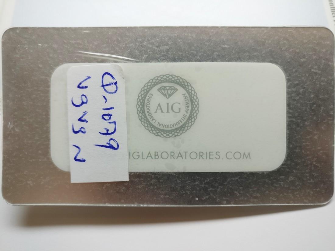 0.72 ct Marquise cut diamond Fancy Vivid Orangy Yellow - 3