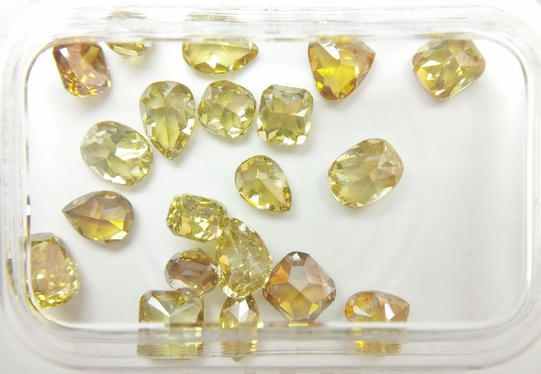 20 Mixed Shapes diamonds total 4.98 ct Mixed Fancy