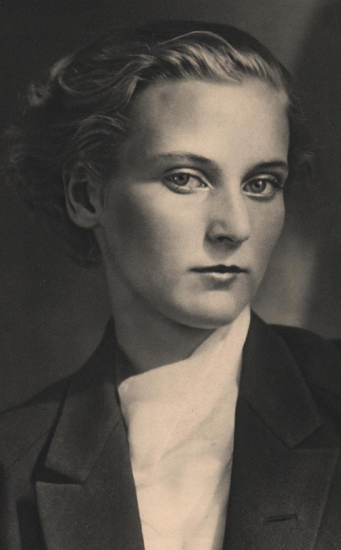 ANDRE KERTESZ - Mrs. Hubbel