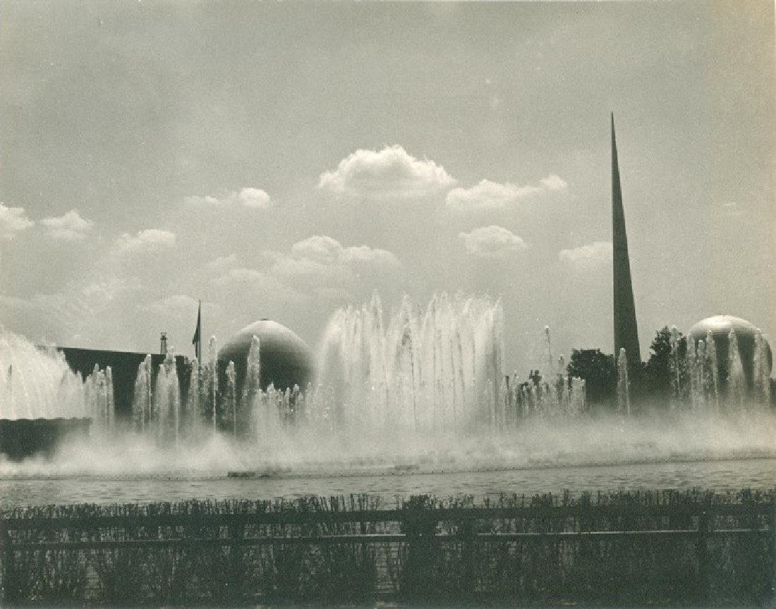 Lagoon of Nations Fountain 1939 Photograph