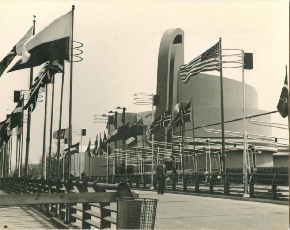 Electronic Products Building 1939 Photograph