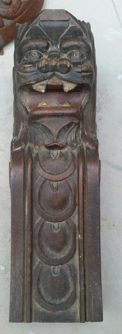 Oak Carving Mantle Furniture Lion Carved Pediment