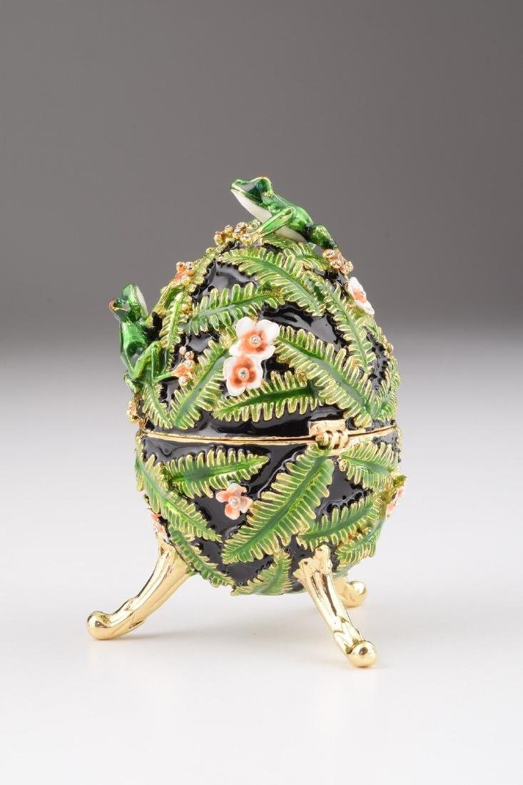Fabergé Style Egg - Jewelery & Music box with frogs - 3