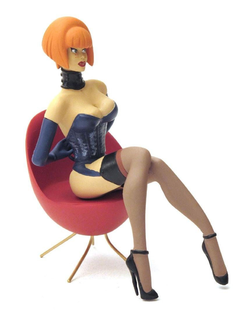 Stephan Saint Emett: Carola Pin Up statue